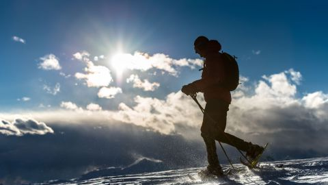 Image: Winter hiking and snowshoeing